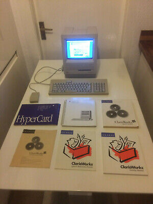 Vintage Macintosh SE Computer + Hyper Card and Manuals