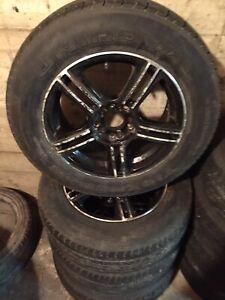 4 mags et pneus d'été 16po