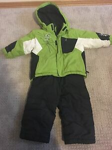 Boys 2T snowsuit pick up in Cumberland
