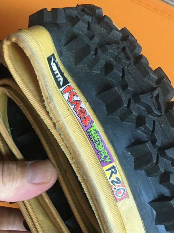 NOS 26 x 2.0 VETTA KAOS THEORY Folding MOUNTAIN BIKE Classic GUM WALL Tire KENDA