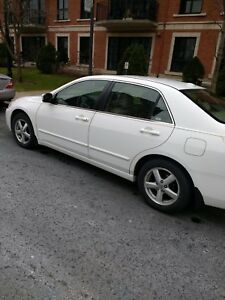 Honda Accord EX 2004 -- US Model in excellent condition.
