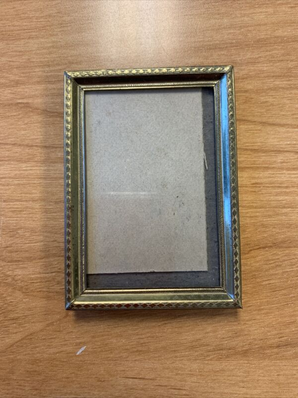 """Vintage Gold Tone 2 1/2"""" X 3 1/2"""" Small tiny  photo picture frame"""