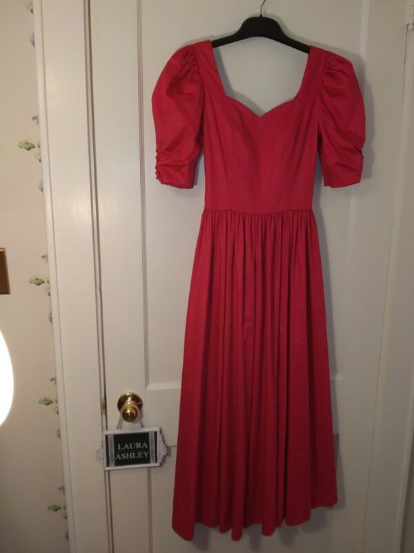 VINTAGE LAURA ASHLEY PARTY/TEA DRESS In Red Jacquard/Floral Sparkle~ Size 6