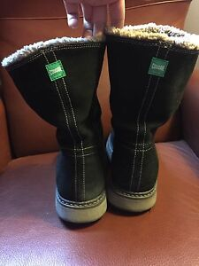 Women's size 10 cougar Winter boots! London Ontario image 3