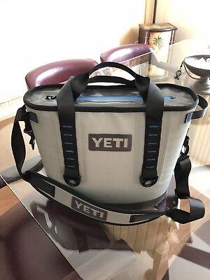 Yeti Hopper 20 Can Cooler   Gray