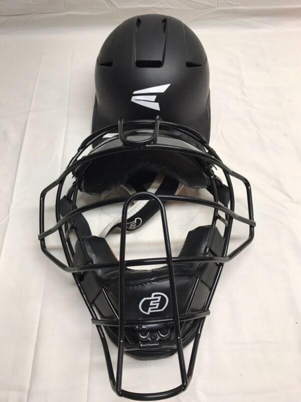 Force3 V2 Defender Traditional mask for catchers and umpires. PLEASE READ