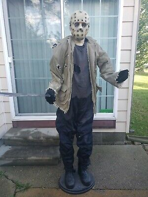 SPIRIT HALLOWEEN LIFE SIZE FRIDAY THE 13TH ANIMATED JASON VOORHEES Gemmy READ!!