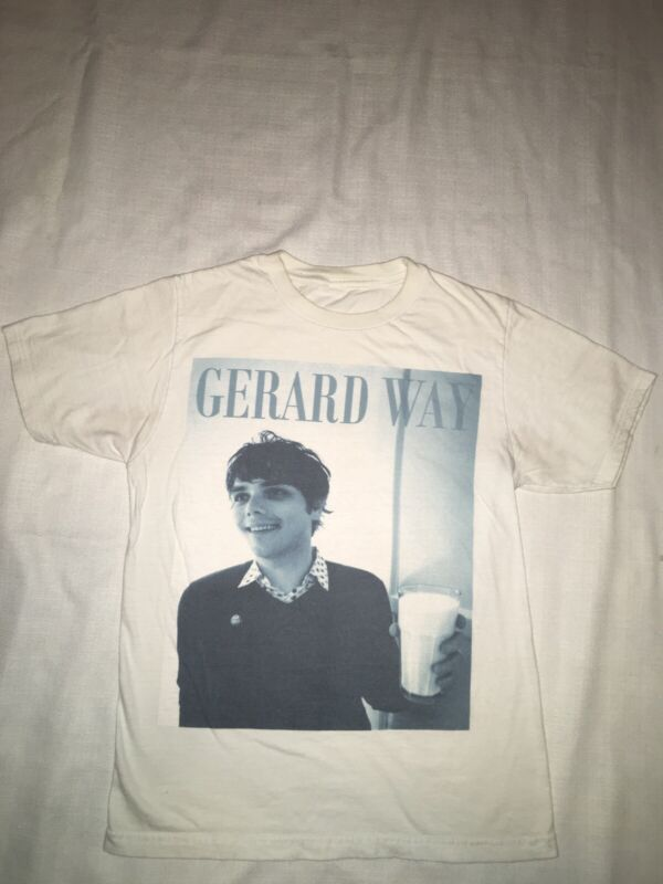 MY CHEMICAL ROMANCE Band Emo Gerard Way with Glass Of Milk T-shirt Hot Topic XS