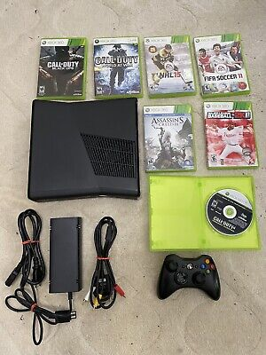 Xbox 360 S Console Model 1439 - Matte Black - Includes Controller And Games