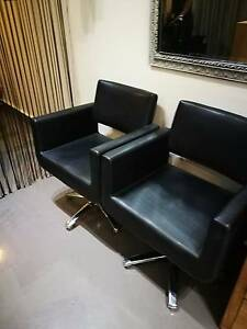 6 salon chairs great condition,only one with tear as shown in pic Neutral Bay North Sydney Area Preview