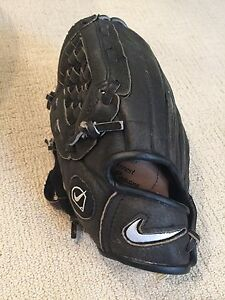 Nike black leather baseball glove, 10.00