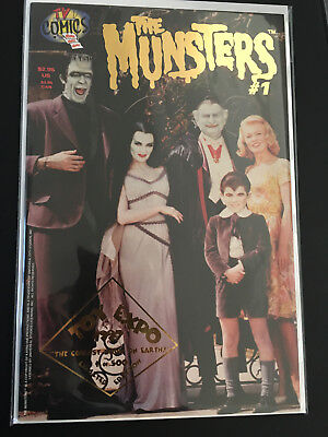 THE MUNSTERS #1 COMIC BOOK GOLD FOIL RARE TOY FAIR TOY CON LIMITED ED OF 500!