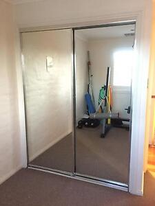 2 x mirrored wardrobe doors and frame immaculate cond. Narrabeen Manly Area Preview