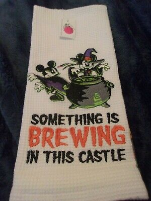 New Disney Parks Happy Halloween Mickey Minnie Mouse Brewing Kitchen Towel Set