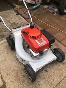 Honda HRU194 lawn mower