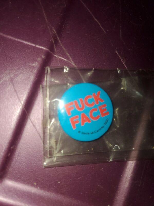 1st STELLA MCCARTNEY ITEM MADE fuc-FACE 2000 PAUL MCCARTNEY PIN BEATLES PROMO MN