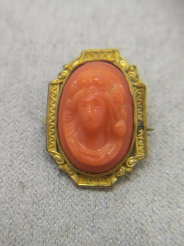 Antique 1920s Art Deco Pink Gold Brooch: Celluloid faux coral Cameo, Brass Bezel