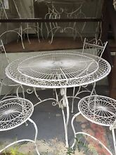Outdoor table setting Glendale Lake Macquarie Area Preview
