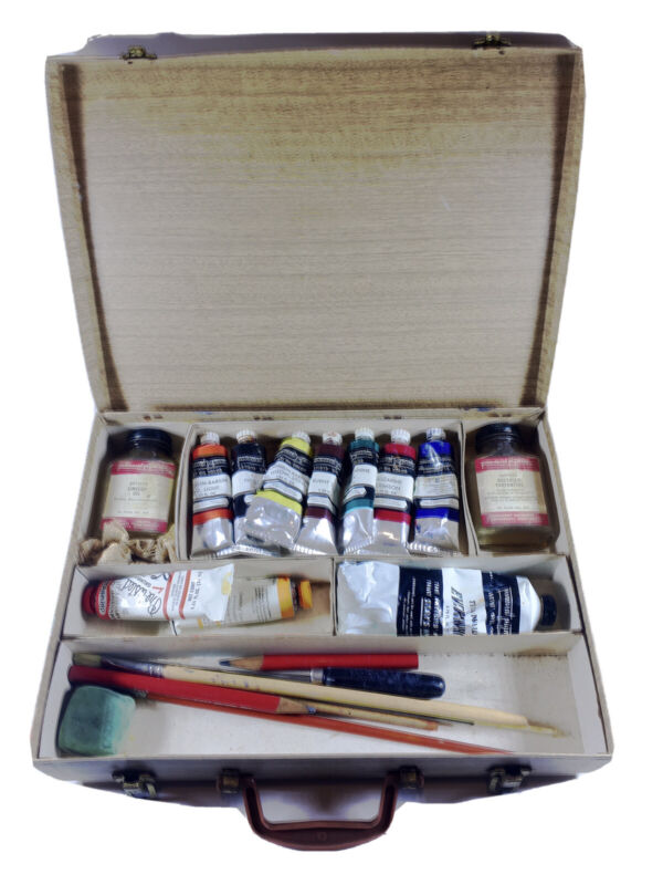 Vintage Permanent Pigments Oil Paints Set with Brushes, etc. and Box