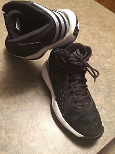 Boys Size 4- Adidas Footwear Peterborough Peterborough Area image 2