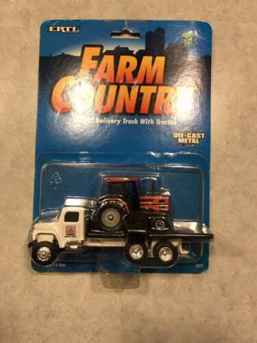 Ertl Die Cast Farm Country Agco Truck With Tractor 1/64 Scale