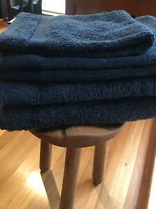 NAVY BATH TOWEL SET