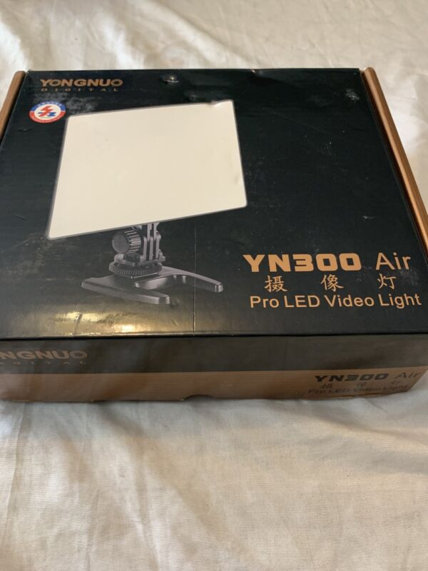 YONGNUO YN300 Air LED Camera Video Light with Adjustable Color Temperature