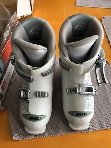 Roces adjustable ski boots