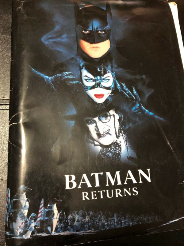 BATMAN RETURNS Press Kit Michael Keaton Michelle Pfeiffer DeVito Walken 1992