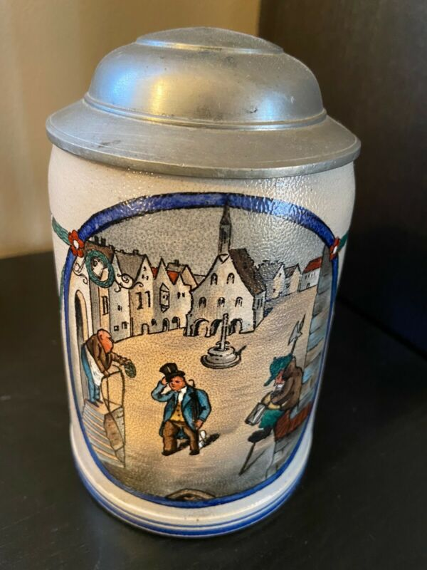 1/2L Stoneware Beer Stein - Night Watchman Scene