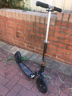 Genuine Micro black adult scooter / kick scooter