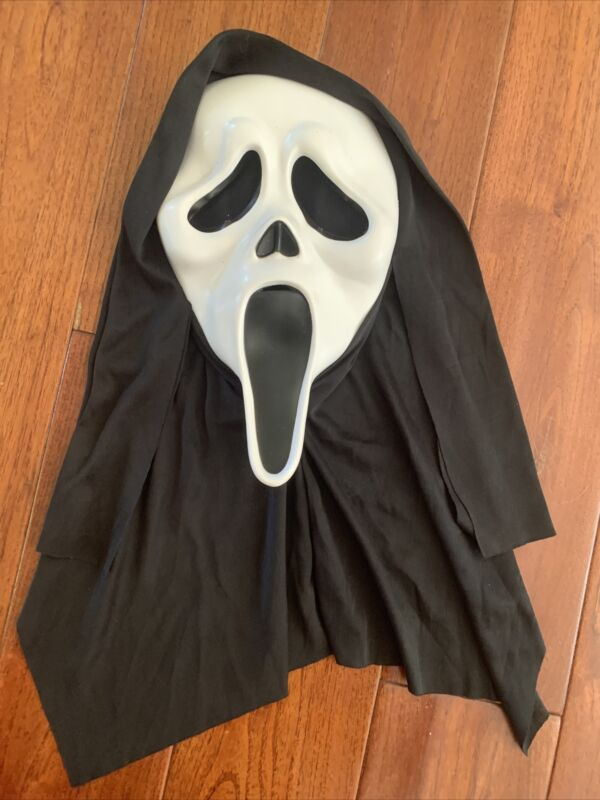 Scream Ghost Face Halloween Mask - Easter Unlimited 2011 9206S