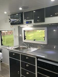 PALM RESORT Luxury Semi Off-Road Strathfieldsaye Bendigo City Preview