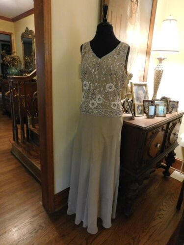 """STUNNING """"JKARA"""" TAUPE SILK BEADED BODICE GOWN FOR MOTHER/FORMAL OCCASION S10"""