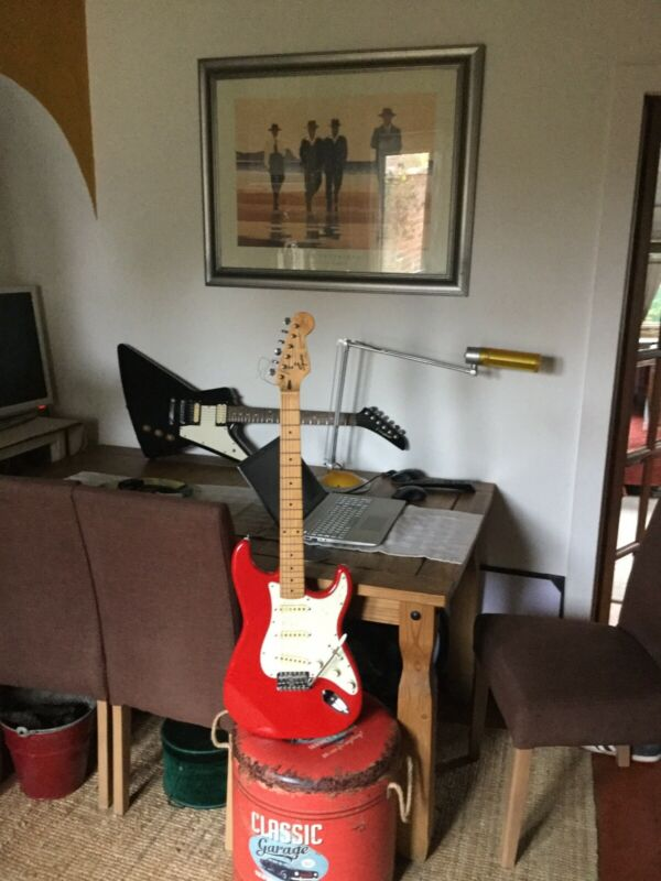 Fender Squire Stratocaster Korean Made In Fiesta red.