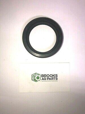 World Agritech International Machine 7580hp Rotary Cutter Gearbox Output Seal