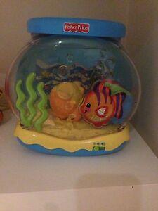 Aquarium, Elmo et bateau