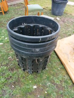 4 x plastic 100l pots Thornbury Darebin Area Preview