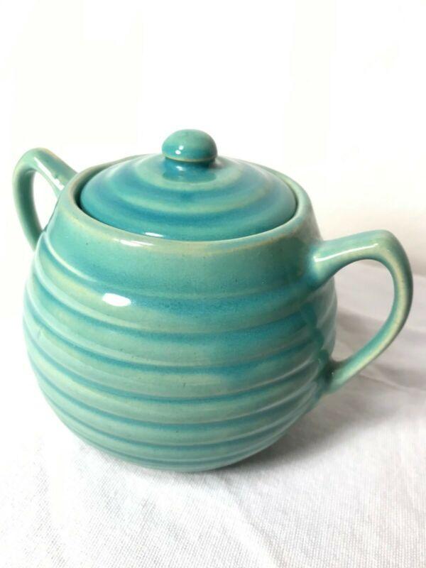 Bauer Vintage Sugar Bowl with Lid *Excellent Condition*