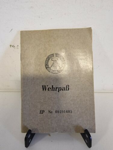 DDR GDR East Germany Army Wehrpass NVA National Volksarmee Service Card