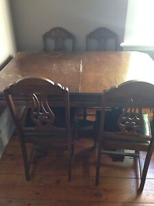 Wooden Dining Table and 6 chairs