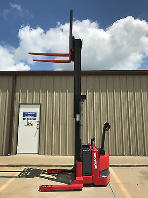 2004 Raymond Rss40 Walk Behind Forklift Walkie Straddle Stacker - 128 3750lb