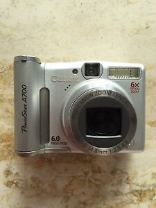 Canon PowerShot A700 Digital Camera with 6X Optical Zoom