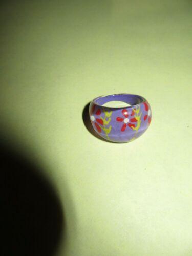 Vintage Purple Flowered Lucite Dome Finger Ring