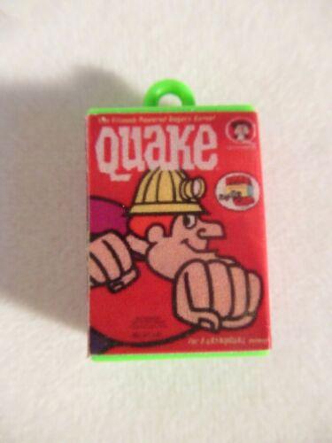 VTG QUAKE QUAKER OATS CEREAL CRACKER JACK/ GUMBALL CHARM