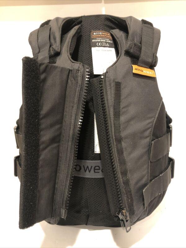 Airowear Teen Outlyne Ladies Vest 3L Black/Graphite Gently Used T2 Regular