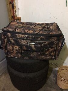 Large camo hunting cooler bag