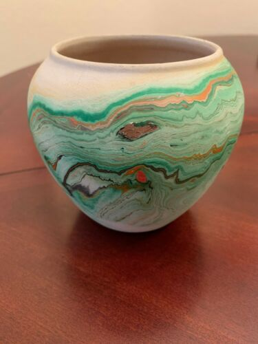 "VINTAGE NEMADJI USA BLUE GREEN TURQUOISE SWIRL CLAY POTTERY VASE 4"" tall"