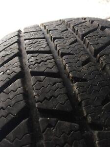4 225/60R16 Champiro Winter Tires