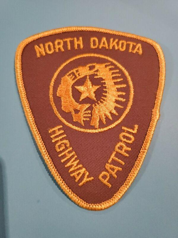 VINTAGE NORTH DAKOTA HIGHWAY PATROL POLICE SHOULDER PATCH NICE!